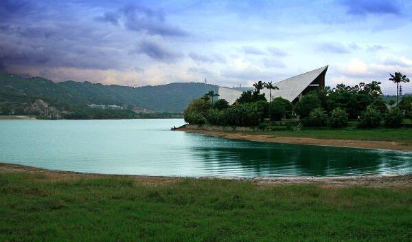 石岩湖度假村踏青